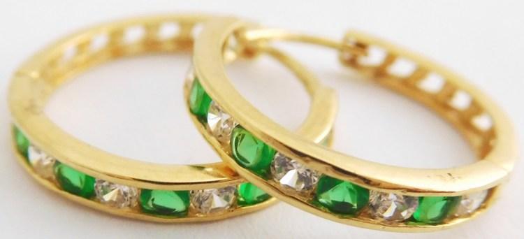 Velké zlaté kruhy se smaragdy a zirkony pr. 18mm 585/2,32gr 2230186