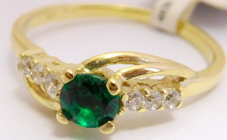 Zásnubní zlatý prsten se zeleným smaragdem 585/1,90gr vel.51 6810640 (POŠTOVNÉ ZDARMA!!! )