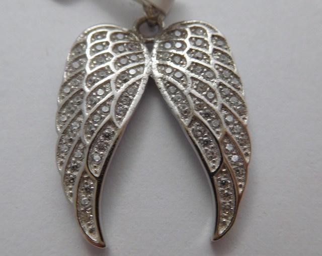Stříbrné andělské křídlo se zirkony F347