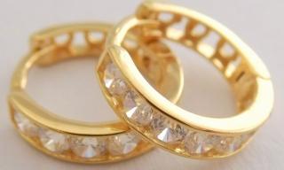 Zlaté kroužky - dívčí kruhy ze žlutého zlata se zirkony 14ks průměr 10mm  585 1 a969fbeaac2